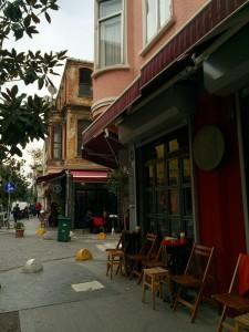 Cafe Mu and Benazio